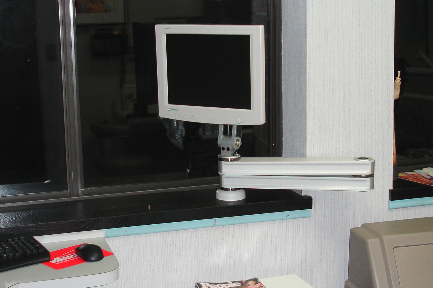 Icw Dental Photos Of Custom Amp Specialized Computer Mounts